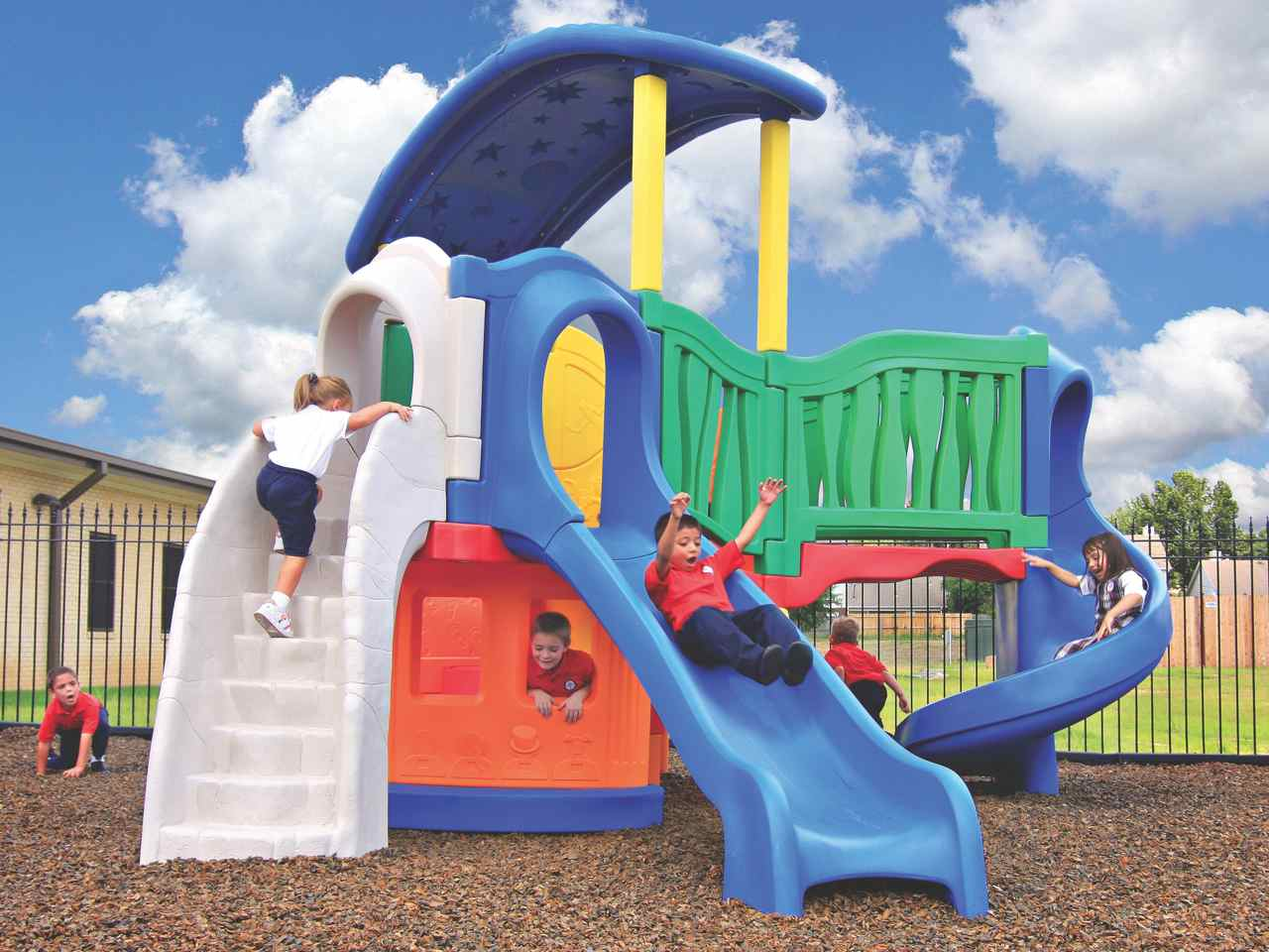 Little Tikes Climber And Slide Clever Climber All Out